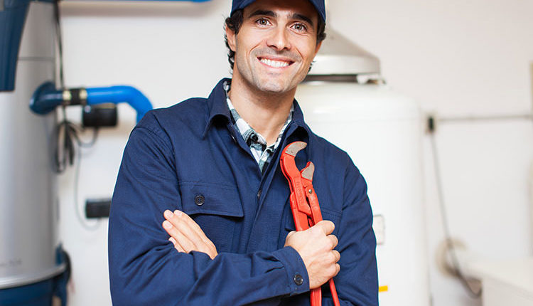 5 Reasons to Leave Water Heater Repair to the Pros